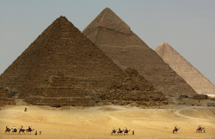 Un film porno tourné près des Pyramides de Gizeh