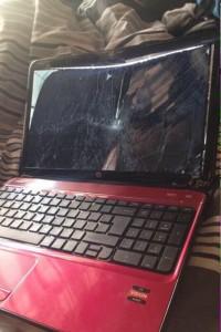 L'ordinateur fracassé par Denzel