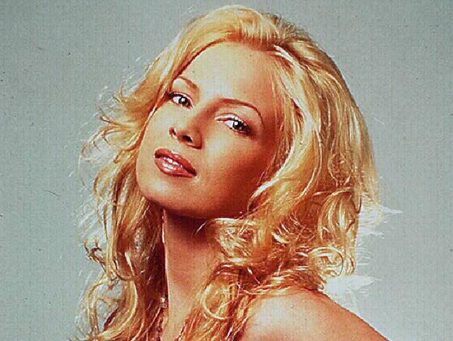Traci Lords a débuté jeune dans le porno, puis elle a tourné dans des films traditionnels.